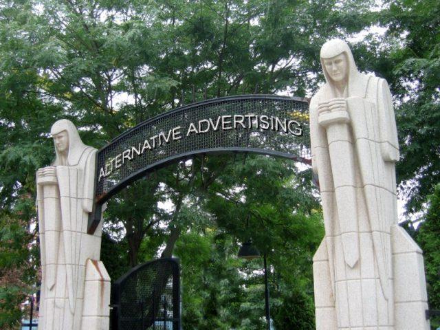 Alternative Advertising -servicii publicitare - producție publicitară - confectii metalice